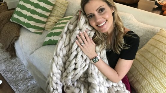DIY Hand Knit Blanket
